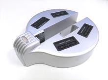 [PS2] Slim HUB stojan na 4 pamäťové karty a ovládače - strieborný (estetická vada)