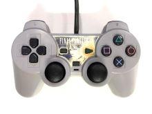 [PS1] Drôtový Ovládač Sony Dualshock - sivý - Final Fantasy VIII (estetická vada)