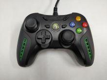 [Xbox 360] Drôtový Ovládač power Air Flo - čiernozelený (estetická vada)