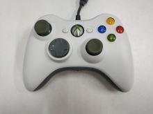 [Xbox 360] Drôtový Ovládač Microsoft - biely (nažltlé páčky) (estetická vada)